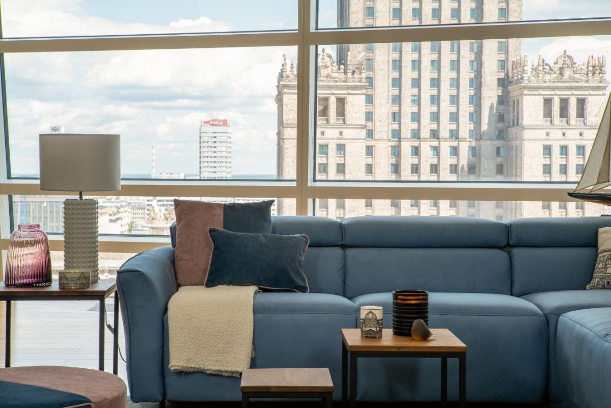 Sofa z zagłówkiem, czy bez? Sprawdź najlepsze rozwiązania od marki Gala Collezione